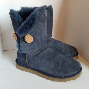 Bailey Button Ugg boots size 8